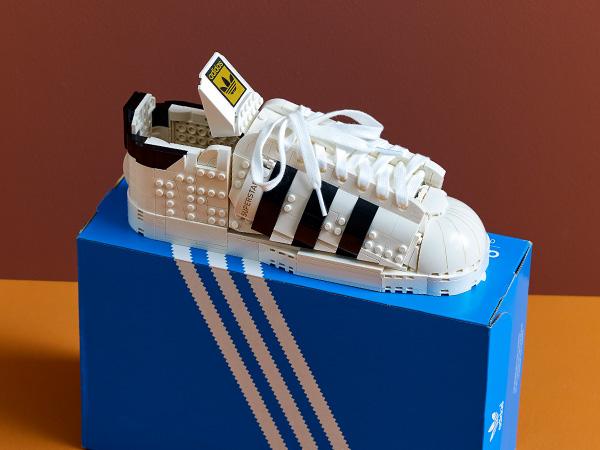 LEGO 10282 Adidas Originals Superstar 35