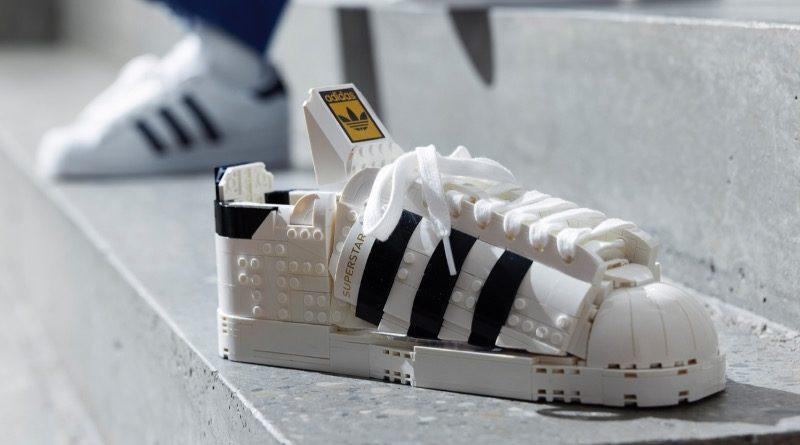 LEGO 10282 Adidas Originals Superstar featured 1