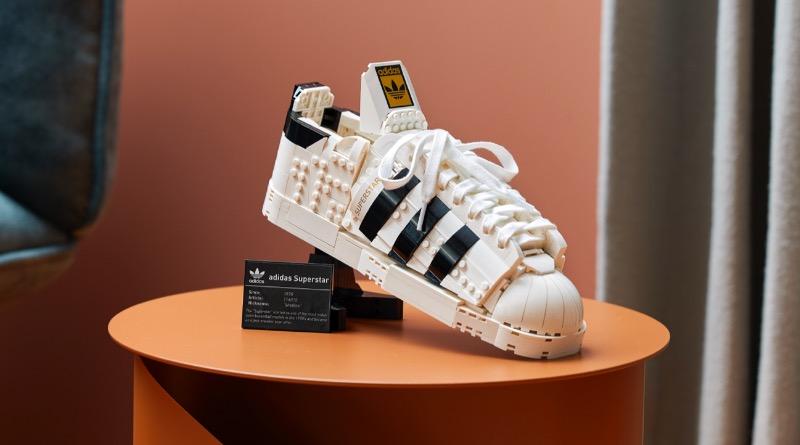 LEGO 10282 Adidas Originals Superstar Featured 2