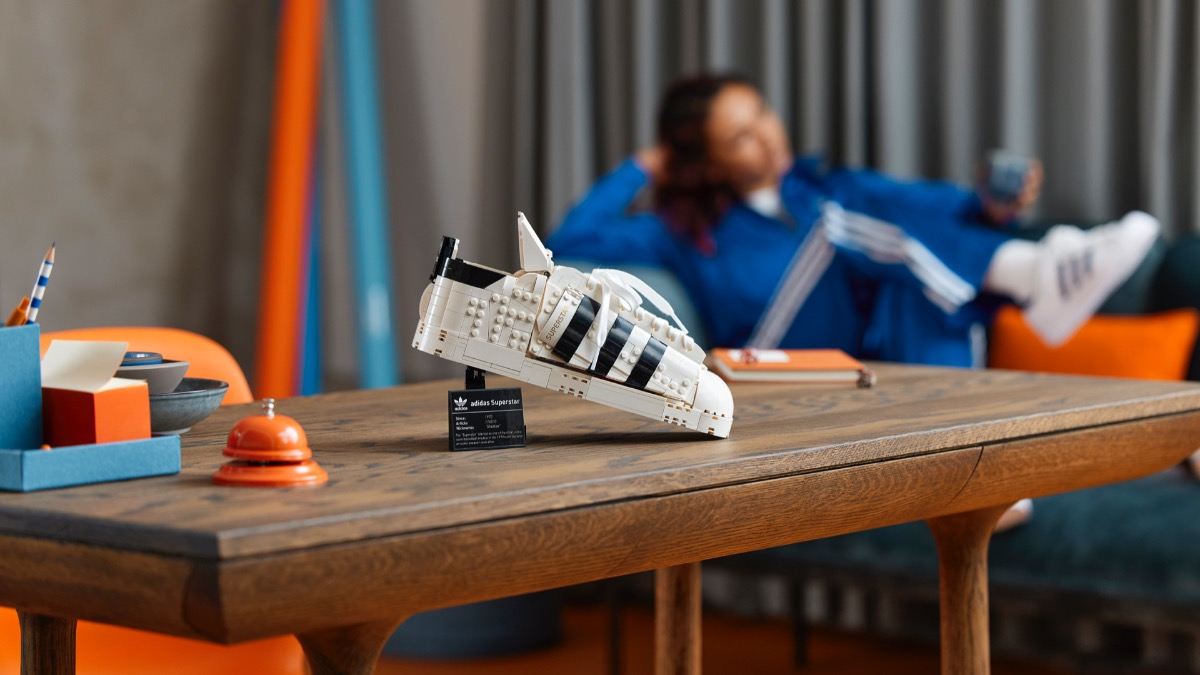 LEGO 10282 Adidas Originals Superstar Featured Resized 1