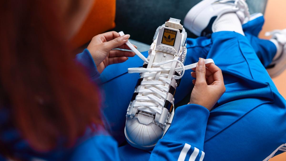 LEGO 10282 Adidas Originals Superstar Featured Resized 3