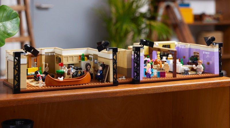 LEGO 10292 Friends Apartments featured 1