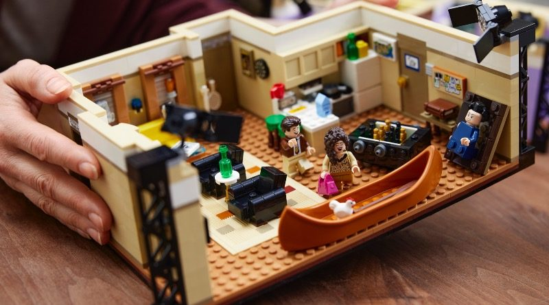 LEGO 10292 Friends Apartments featured 2