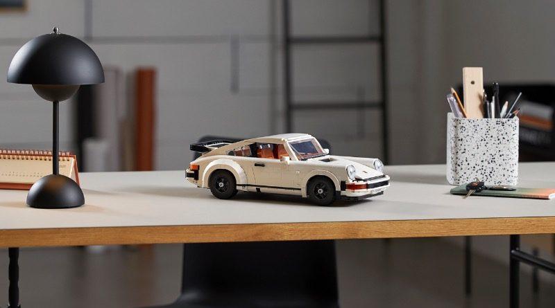 LEGO 10295 Porsche 911 featured 2