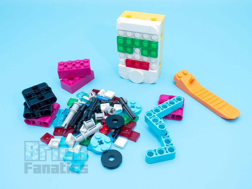 LEGO 2000456 Spike Prime 17