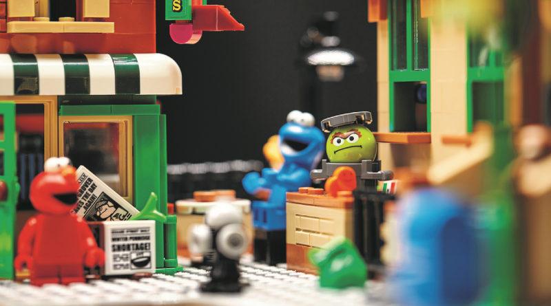 LEGO 21324 123 Sesame Street lifestyle shot 1