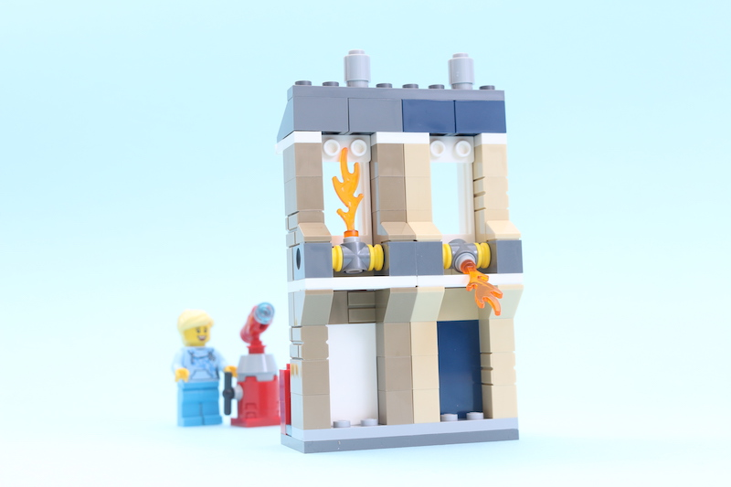 LEGO 40393 LEGOLAND Fire Academy Review 2