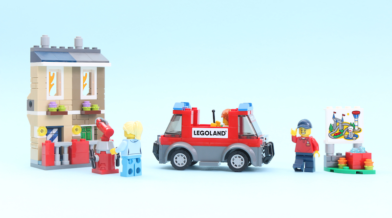 LEGO 40393 LEGOLAND Fire Academy Review Title
