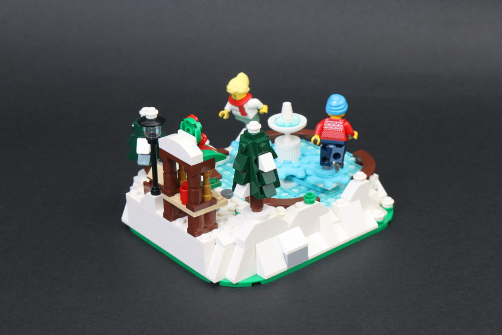 LEGO 40416 Ice Skating Rink Gift With Purchase Review 2