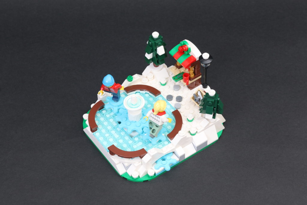 LEGO 40416 Ice Skating Rink Gift With Purchase Review 4