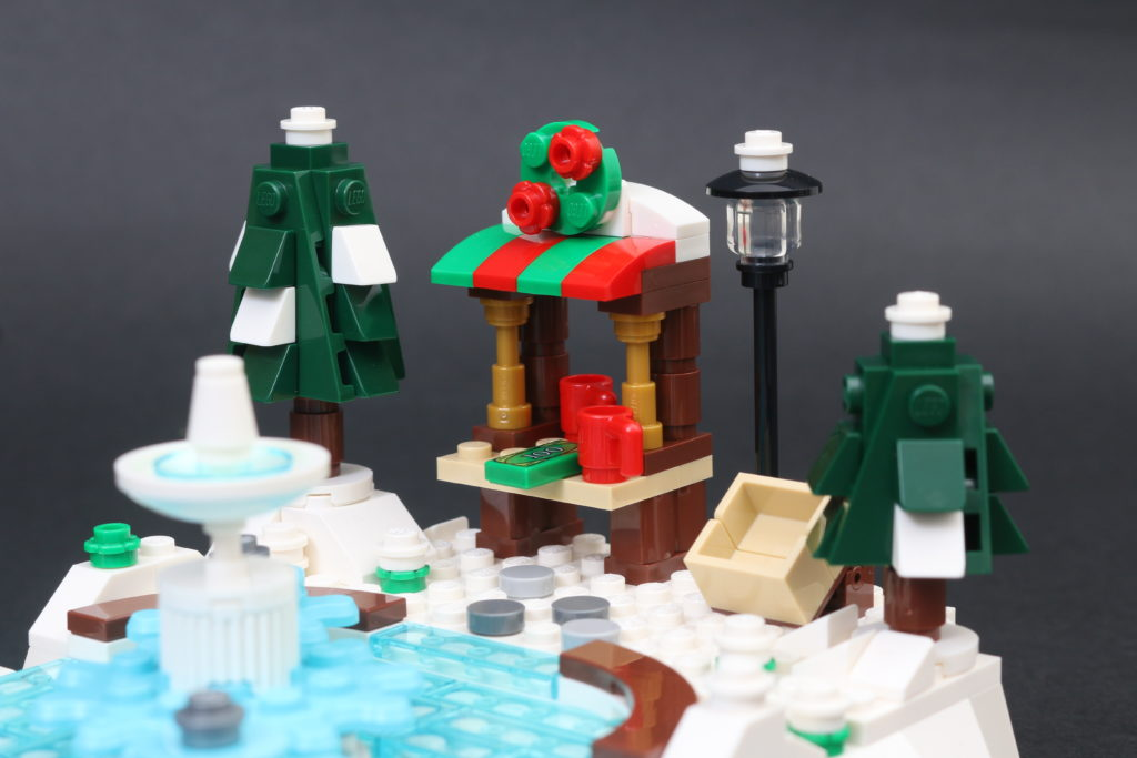 LEGO 40416 Ice Skating Rink Gift With Purchase Review 8