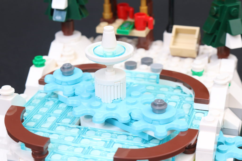 LEGO 40416 Ice Skating Rink Gift With Purchase Review 9