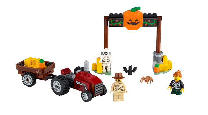 LEGO 40423 Halloween Hayride Featyured