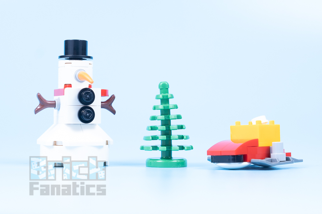LEGO 40424 Snowball Fight 9