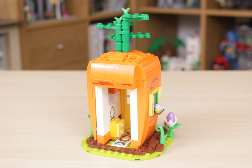 LEGO 40449 Easter Bunnys Carrot House GWP review 5