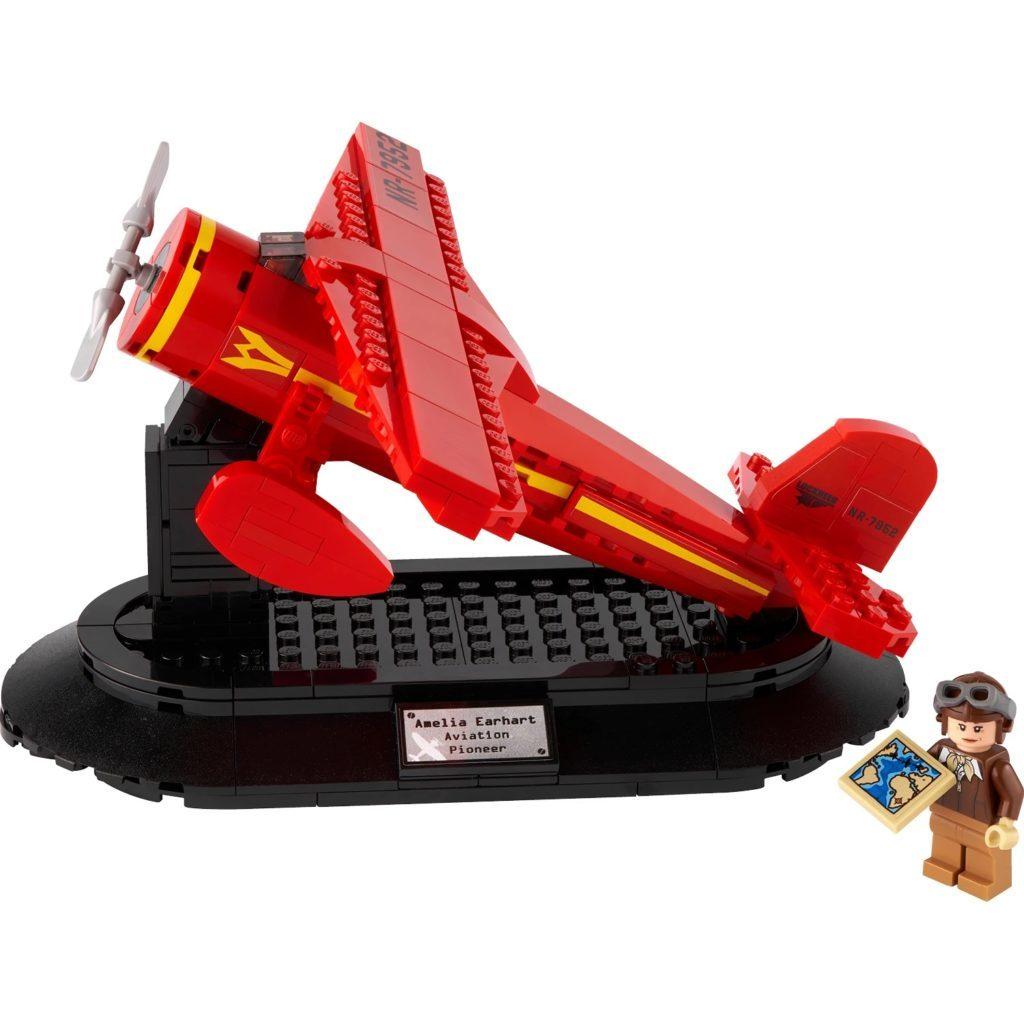LEGO 40450 Amelia Earhart Tribute 2 1024x1024