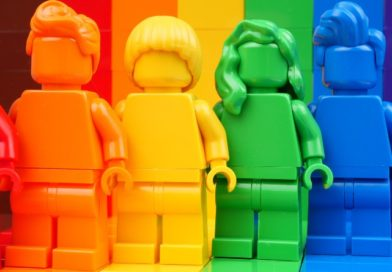 First look at LEGO LGBTQIA+ set 40516 Everyone is Awesome