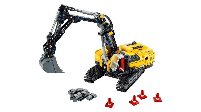 LEGO 42121 Heavy Duty Excavator Featured