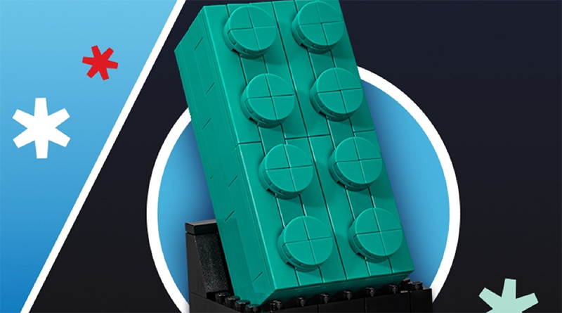 LEGO 5006291 2 4 Teal Brick Featured