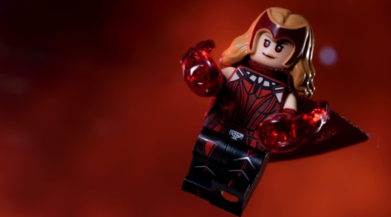 LEGO 71031 Marvel Studios The Scarlet Witch featured