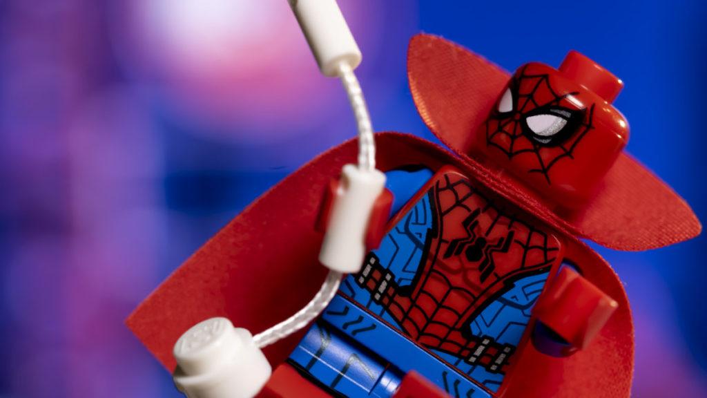 LEGO 71031 Marvel Studios Zombie Hunter Spidey action shot 3 1