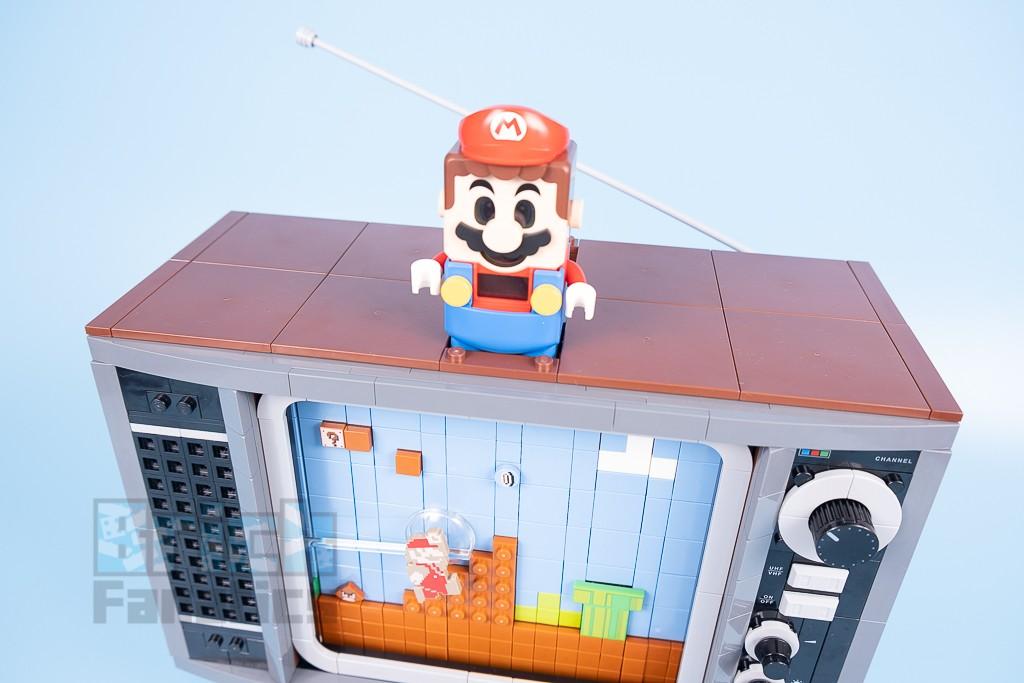 LEGO 71374 Nintendo Entertainment System 13