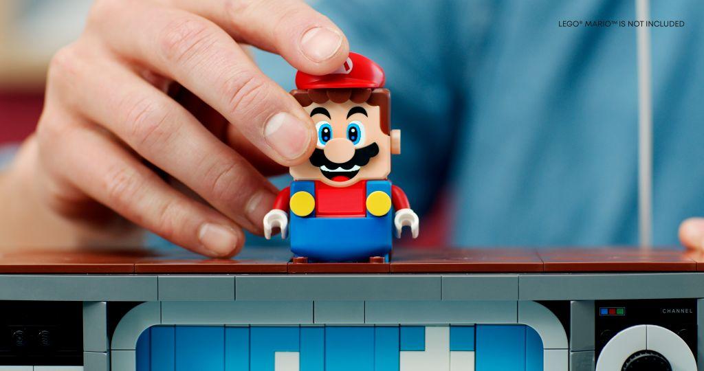 LEGO 71374 Nintendo Entertainment System NES 2
