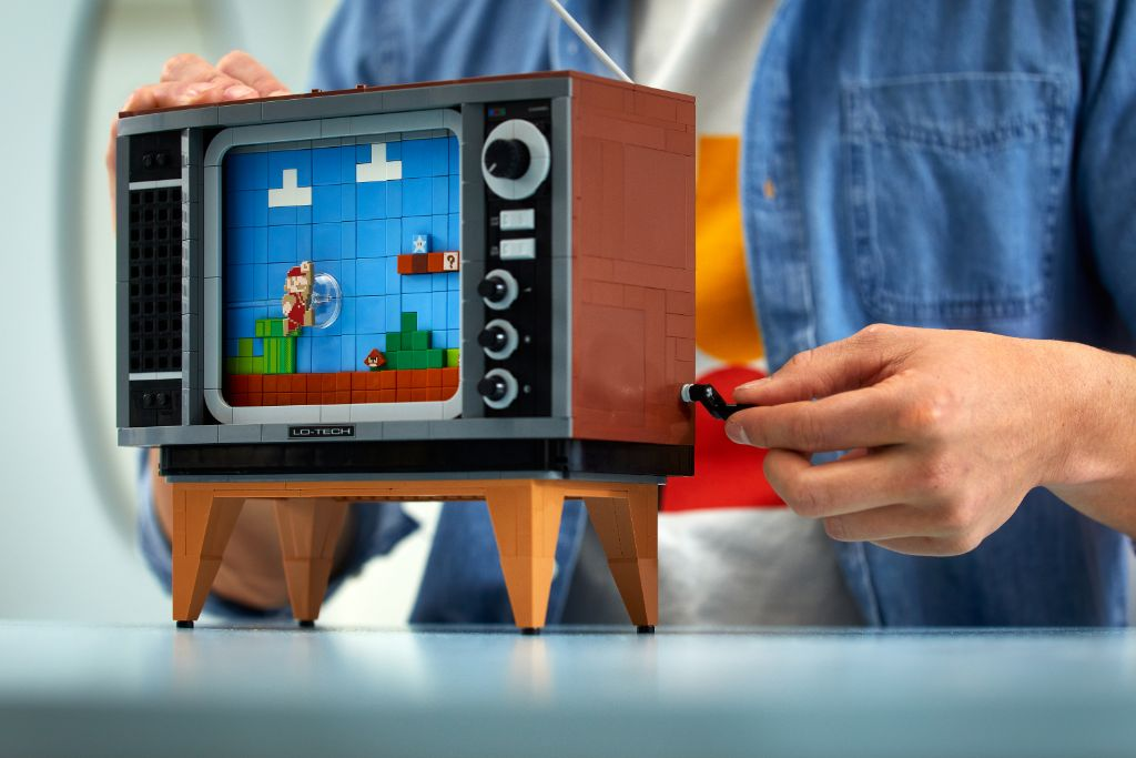 LEGO 71374 Nintendo Entertainment System NES 22