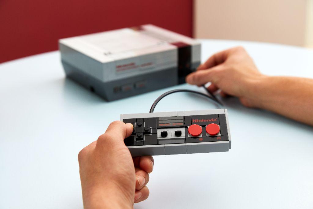 LEGO 71374 Nintendo Entertainment System NES 25