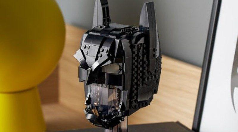 LEGO 76182 Batman Cowl helmet featured