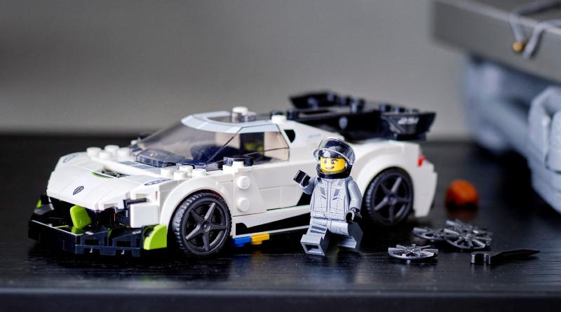 LEGO 76900 Koenigsegg Jesko Featured