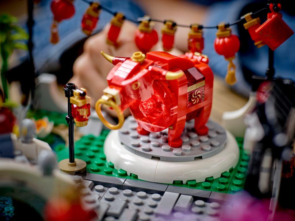 LEGO 80107 Spring Lantern Festival 13