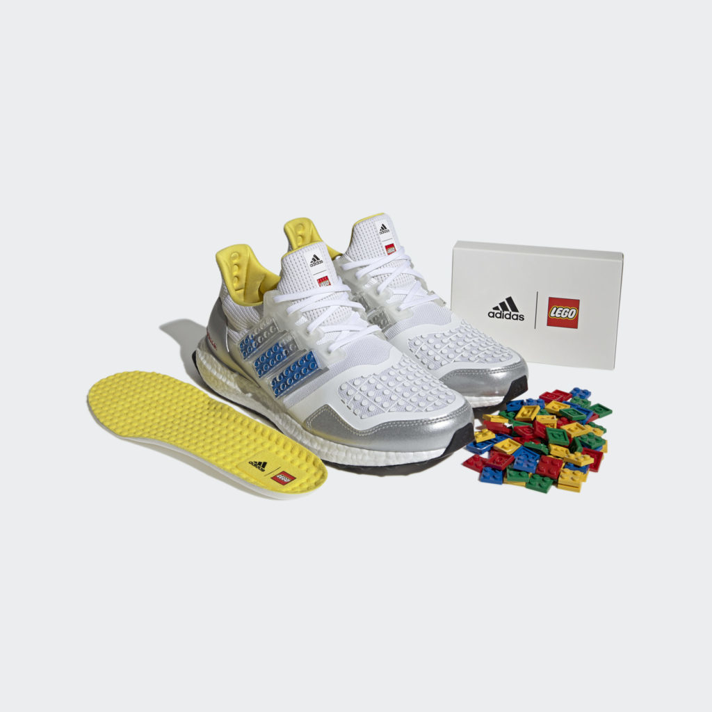 LEGO Adidas Ultraboost Contents 1024x1024