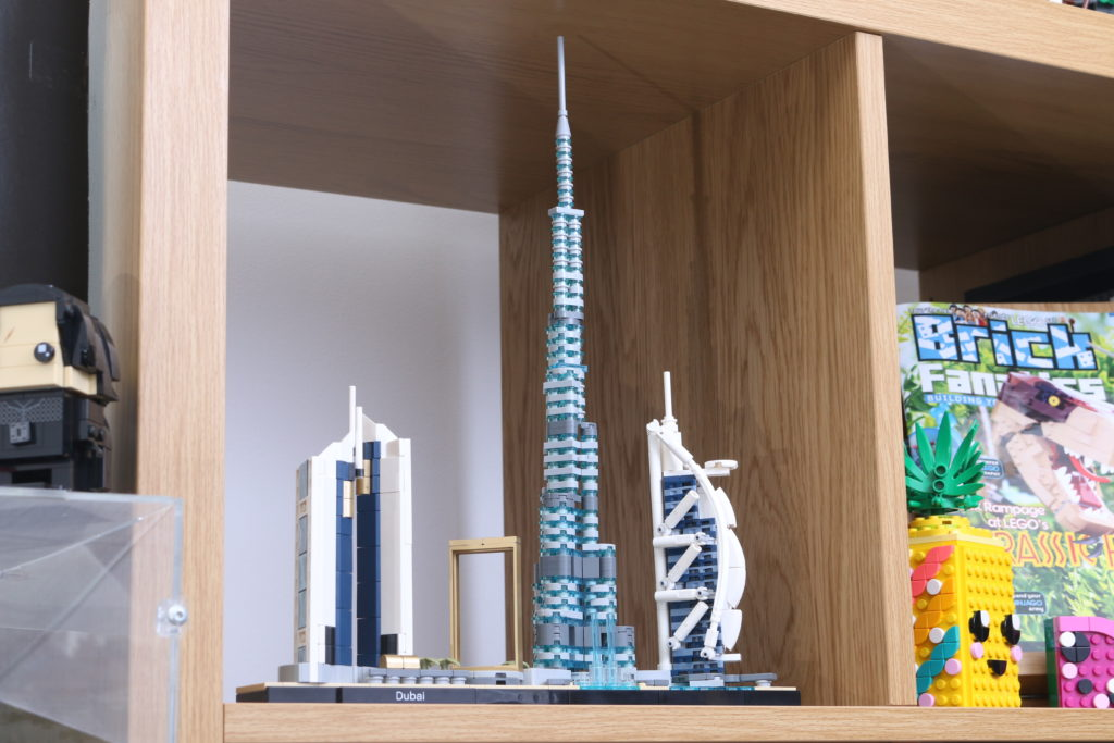 LEGO Architecture 21052 Dubai Review 17