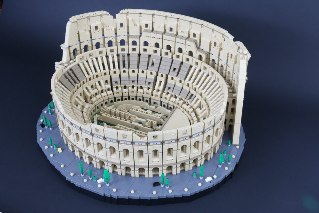 LEGO Architecture Creator Expert 10276 Colosseum Review 3