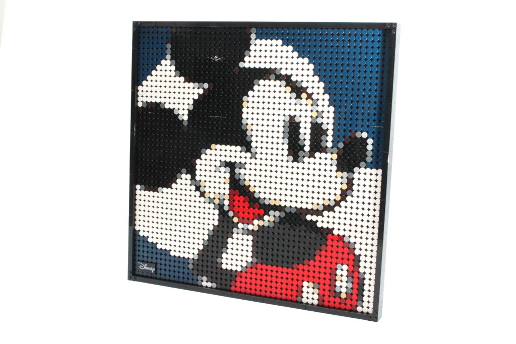 LEGO Art 21302 Disneys Mickey Mouse Review 1