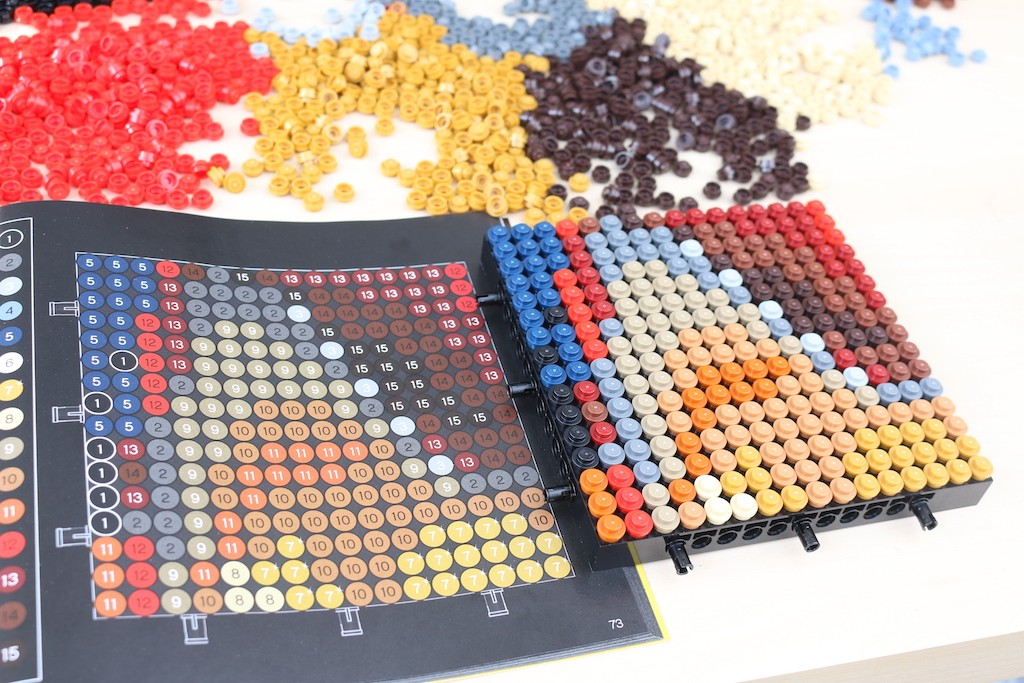 LEGO Art 31199 Marvel Studios Iron Man Review 29