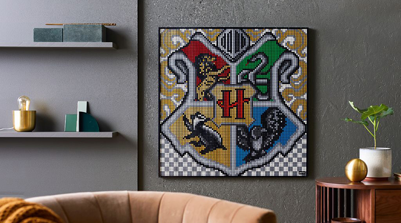 LEGO Art 31201 Harry Potter Hogwarts Crests Featured