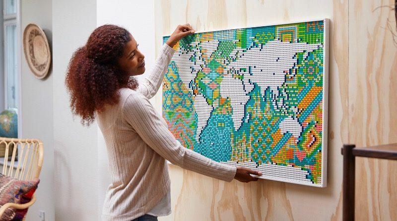 LEGO Art 31203 World Map featured 1