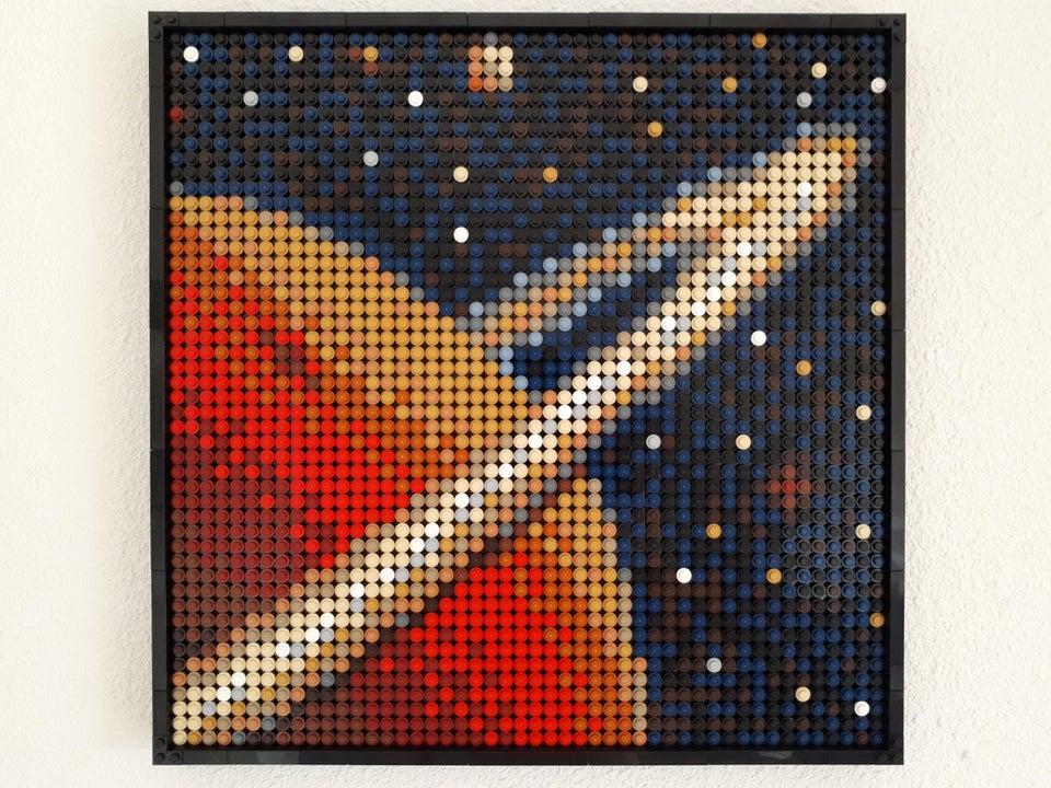 LEGO Art ringed planet