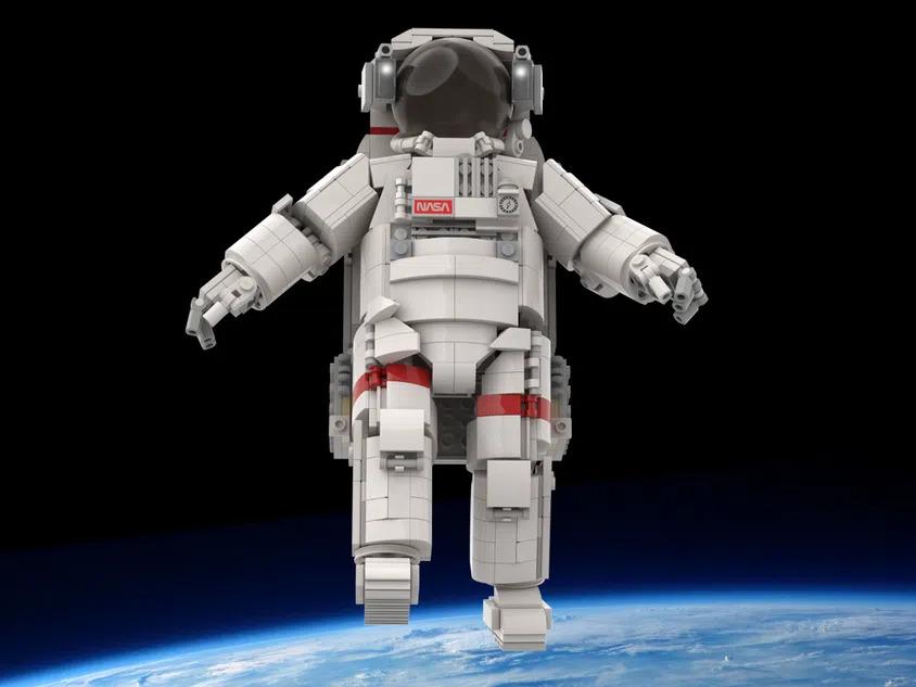 LEGO Astronaut Front