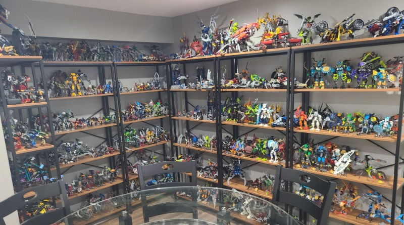 LEGO BIONICLE Collection Featured