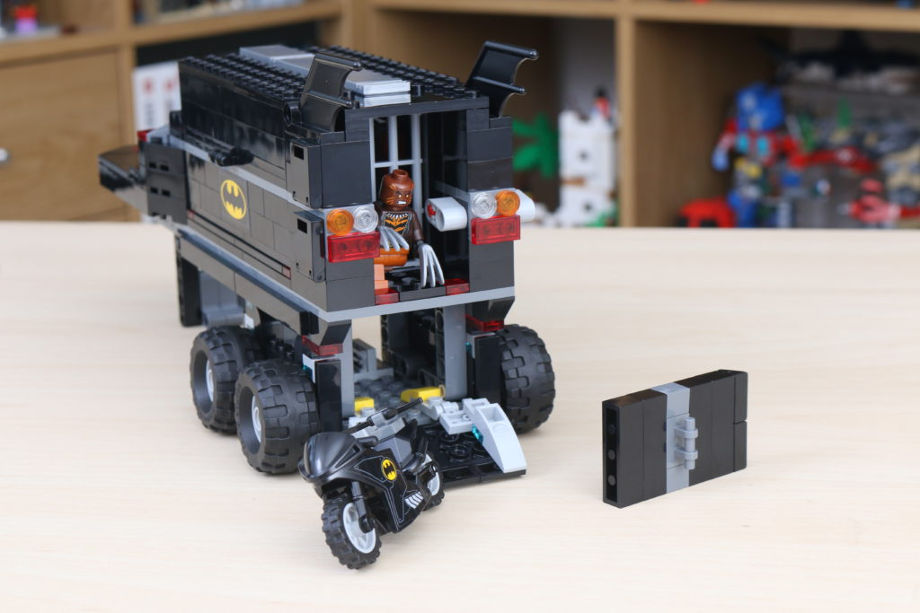 LEGO Batman 76160 Mobile Bat Base Review 18