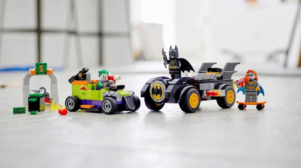 LEGO Batman 76180 Batman Vs. The Joker Batmobile Chase