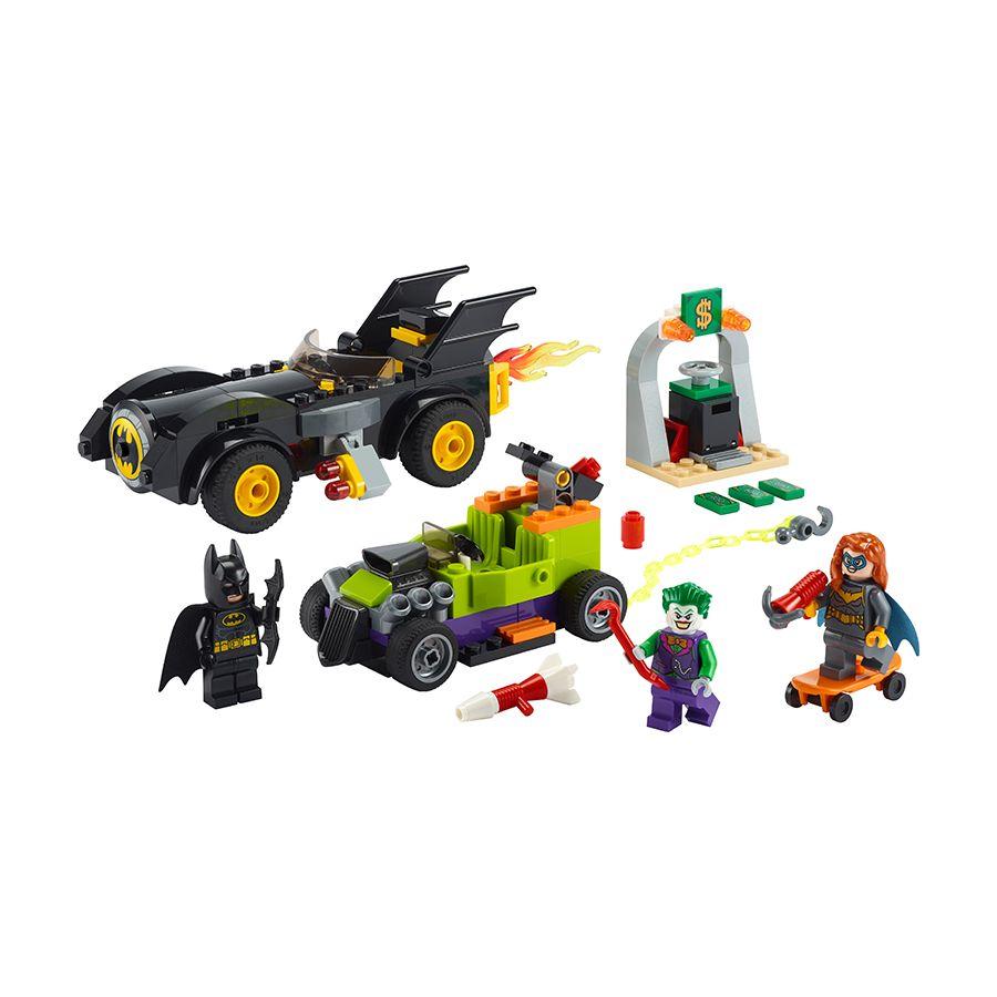 LEGO Batman 76180 Batman vs. the Joker Batmobile Chase 2