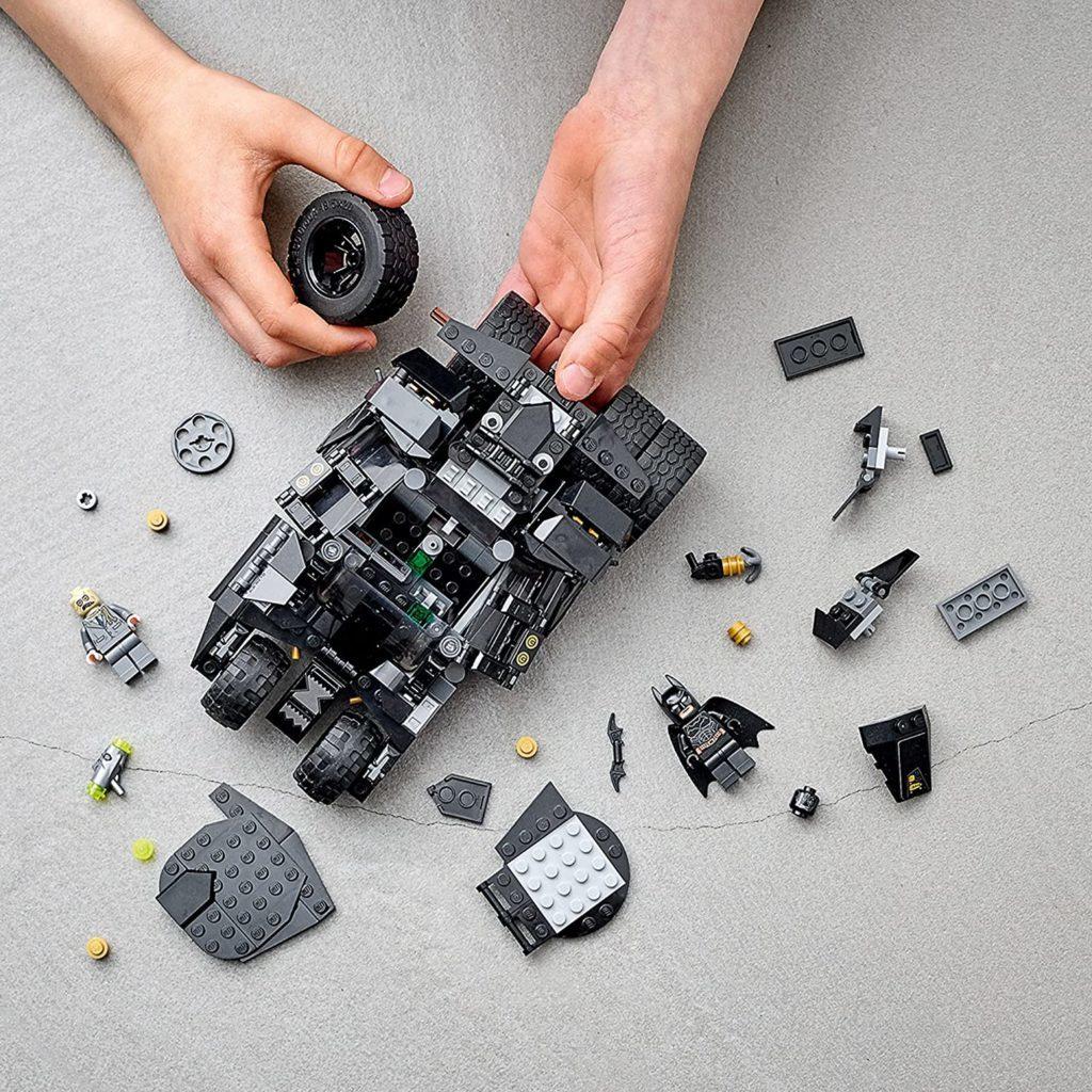 LEGO Batman 76239 Batmobile Tumbler Scarecrow Showdown 3 1