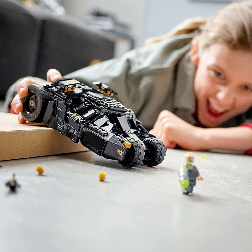 LEGO Batman 76239 Batmobile Tumbler Scarecrow Showdown 4