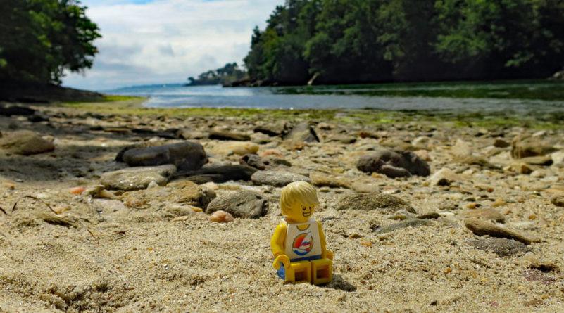 LEGO Beach E1600118470752