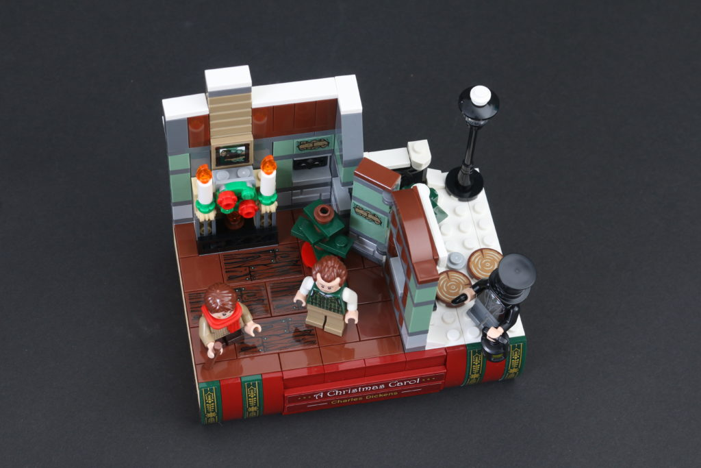 LEGO Black Friday VIP Weekend 40410 Charles Dickens Tribute Review 7