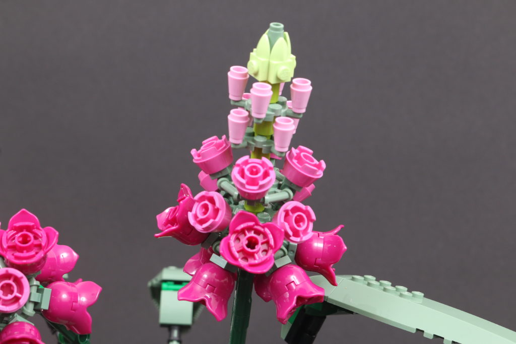 LEGO Botanical Collection 10280 Flower Bouquet Review 21